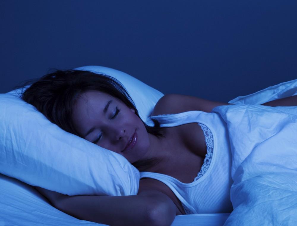 紫外線、CBD、美白、スキンケア、睡眠、CBDオイル、