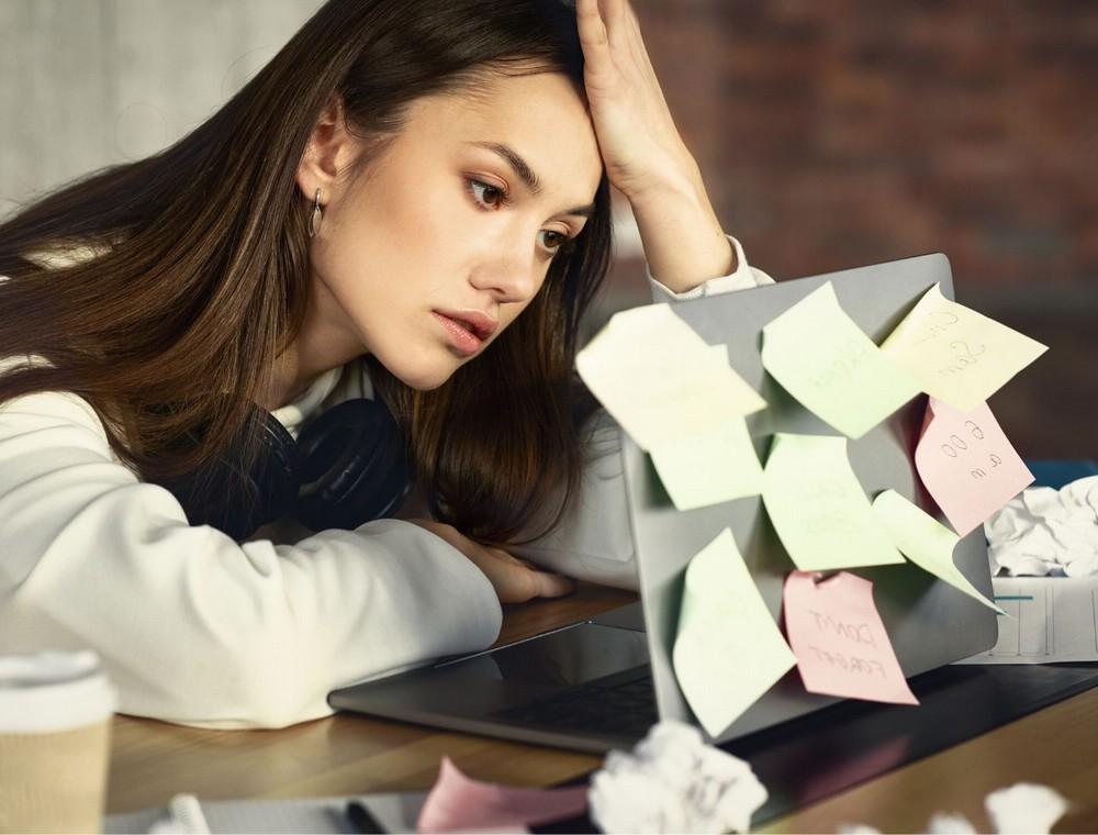 疲労回復、CBD, 慢性疲労、疲労回復、免疫力、精神疲労、ネガティブ、リラックス効果、ストレス、自律神経、ブルーライト